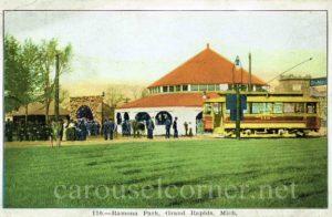 1900s_ramona_park_grand_rapids_mi_postcard_carousel_01