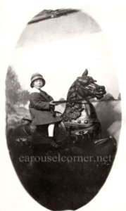 1914_Looff_carousel_horse_03