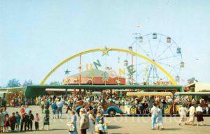 1950s_la_county_fairground_pomona_ca_carousel_postcard_01