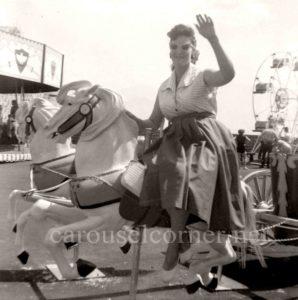 1956_Looff_carousel_horse_02
