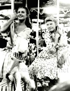 1956_carousel_movie_still_01