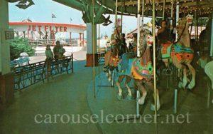 1960s_zoo_amusement_park_powell_oh_carousel_postcard_01