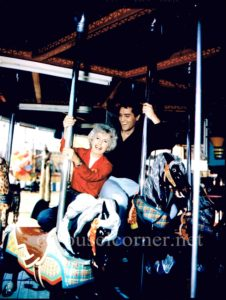 1964_roustabout_elvis_presely_carousel_movie_still_01