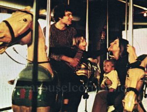1972_up_the_sandbox_barbara_streisand_carousel_movie_still_01