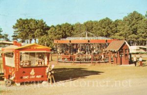 1973_tom_cove_chincoteague_va_carousel_postcard_01