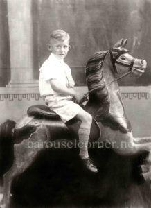 Dare_carousel_horse_04