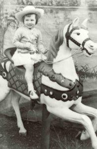 Denztel_prancer_carousel_horse_04