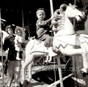 Sioux_falls_SD_1950_carousel_01