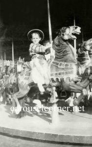 Stein_and_Goldstein_carousel_01