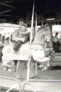 Stein_and_goldstein_carousel_03