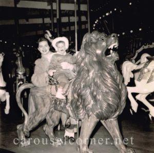 The_lion_on_Freemans_carousel_November_28_1954